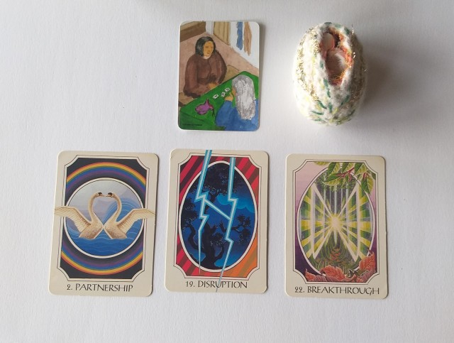 Tarot - egg and Rune Cards